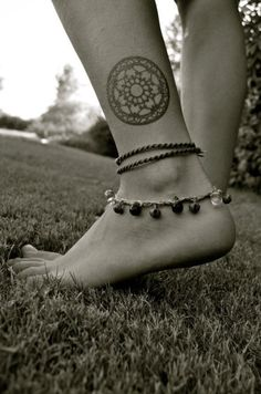 Mandala Tattoo on Ankle - http://www.lovely-tattoo.com/mandala-tattoo-on-ankle/