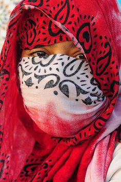 Africa | Young Saharawi girl in Dakhla. Morocco | © Luca Gargano.