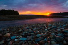 Acadia National Park's Schoodic Peninsula offers many ways to discover Maine's rugged coast without the busyness of Mount Desert Island. Photographer Will Greene caught this amazing #sunset photo while working this summer at the park. For more great...