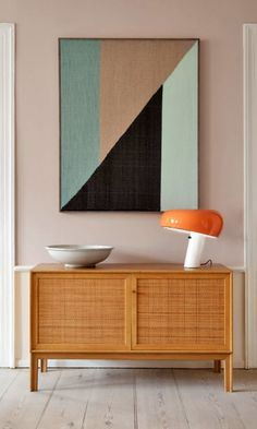 my scandinavian home: 10 Ways To Style The Iconic Snoopy! Orange snoopy lamp from Flos. Large Scale Art, Large Art, Retro Home Decor, Scandinavian Home, Interiores Design, Decoration, Interior Inspiration, Consoles, Modern Furniture