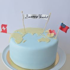 Travel themed cake.