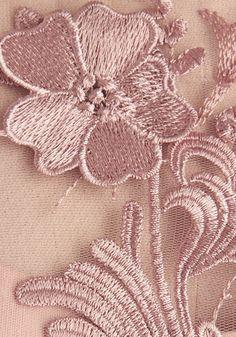 Decode 1.8 Soiree of Life Dress   Mod Retro Vintage Dresses   ModCloth.com