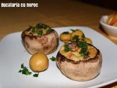 Ciuperci umplute - Bucataria cu noroc Noroc, Baked Potato, Potatoes, Baking, Ethnic Recipes, Potato, Bakken, Backen, Baked Potatoes