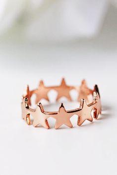 Rose Gold – Page 8 – Modern Jewelry Dainty Jewelry, Cute Jewelry, Jewelry Accessories, Jewelry Design, Jewlery, Jewellery Box, Jewellery Making, Dainty Bracelets, Rose Gold Jewelry