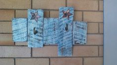 Recycled picket fence wall hanging with hooks