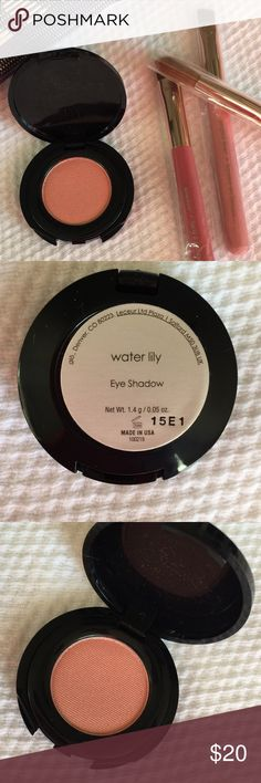 """🎉HP 2/9/17🎉 NIB GloMinerals Eyeshadow Water Lily 🎉Host Pick 2/9/17🎉 New, never used or swatched, glo•mineral """"good for your skin"""" even your 👀, eyeshadow in Water Lily. Made from highly pigmented minerals & enhanced w/Vitamin A, C, & E, & Green Tea Extract. Just beautiful. glo•minerals Makeup Eyeshadow"""