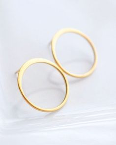 Gold Circle Stud Earrings, stunning look for everyday.