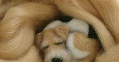 Tutorial needle felting perro dormido by Yana Estrina Needle Felted Animals, Felt Animals, Needle Felting Tutorials, Lana, Projects To Try, Dogs, Crafts, World, Sleeping Dogs
