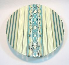 Fused glass on foot cake plate. Pattern bars and reactions of turquoise and french vanilla Fused Glass Plates, Fused Glass Art, Glass Dishes, Mosaic Glass, Stained Glass, Slumped Glass, Glass Fusing Projects, Kiln Formed Glass, French Vanilla
