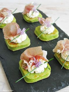 Finger Food Appetizers, Easy Appetizer Recipes, Raw Food Recipes, Gourmet Recipes, Salty Foods, Sustainable Food, Menu, Appetisers, Everyday Food