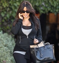 Just how does Kim Kardashian exercise like this? More photographs and discussion of Kim in blog post.... - Kim Kardashian Style