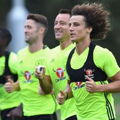 Chelsea's John Terry doubtful for Liverpool game, David Luiz may play