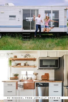 This RV remodel from will leave you speechless! - This RV remodel from JoyfullyGrowing will leave you speechless! Tiny House Living, Rv Living, Camper Renovation, Rv Interior Remodel, Bus Interior, Campervan Interior, Camper Makeover, Trailer Remodel, Remodeled Campers