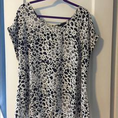 Lane Bryant Size 14/16 Leopard Print Blouse Lane Bryant Size 14/16 Leopard Print Blouse. Only worn a few times. Very comfortable. It has a nice long back that is perfect to wear with leggings or skinny jeans. The back is very adjustable. No trades please! Lane Bryant Tops Blouses