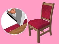 Togliere la vecchia tappezzeria e sostituirla può riportare le vecchie sedie a nuova vita. Rivestire è un modo perfetto per far sì che delle vecchie sedie siano comunque in tinta con una nuova stanza. I metodi di rivestimento dipendono dal ...