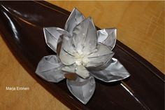 Gorgeous flower made out of tealight cups!
