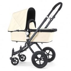 The Duchess is said to have bought a Bugaboo Buggy Cameleon pram Twin Babies, Cute Babies, Baby Kids, Twins, Bebe Real, Bugaboo Cameleon, Vintage Pram, Prince George Alexander Louis, Cars