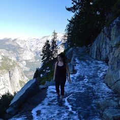 """Making the 3200 ft climb from the valley floor to Glacier Point with icy paths that kept us wide-eyed ❄️#Yosemite"""