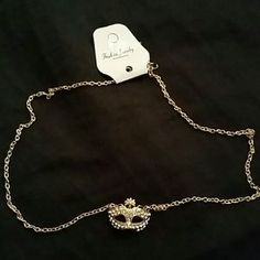 I just discovered this while shopping on Poshmark: 9k gold filled mask necklace. Check it out!  Size: OS