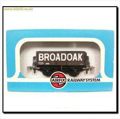 """BOXED AIRFIX 54381 - 7 PLANK WAGON """"BROADOAK"""" on eBid United Kingdom"""