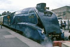 in 1938 during a series of brake tests, steam locomotive and tender 'Mallard' achieved a record-breaking speed of 126 mph at Stoke Bank, between Grantham and Peterborough. Mallard Train, Scientific American Magazine, Severn Valley, National Railway Museum, Steam Railway, Train Art, British Rail, London Museums, Science Museum