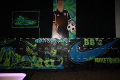 Custom painted #graffiti lockers #partyplanning #creativegames