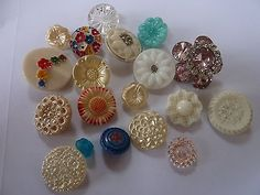 Flower theme vintage glass button collection in Vintage (1900-1980) | eBay