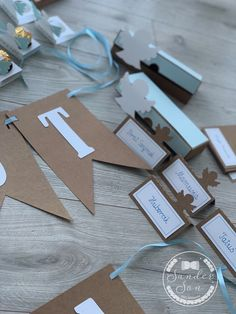 Dekoracje na Chrzest synka! - SanderSon Place Cards, Gift Wrapping, Place Card Holders, Handmade, Gifts, Gift Wrapping Paper, Hand Made, Presents, Wrapping Gifts