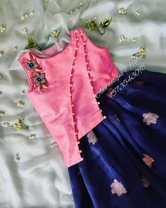 Girls Frock Design, Kids Frocks Design, Baby Frocks Designs, Baby Dress Design, Kids Party Wear Dresses, Baby Girl Party Dresses, Dresses Kids Girl, Cotton Frocks For Kids, Frocks For Girls