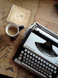 coffee between words,   juanan requena