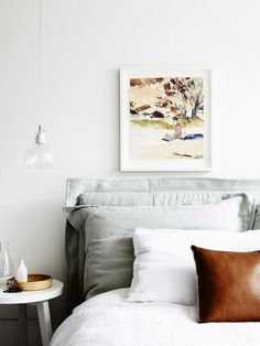 The Best Calming Bedroom Color Schemes We love this fresh, unexpected color combo for a bedroom design. The union is a satisfying blend of warm and cool tones.