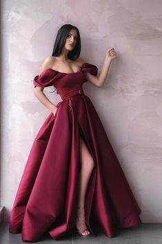 Prom dresses uk - 18 Burgundy Bridesmaid Dresses For Your Girls – Prom dresses uk Prom Dresses With Pockets, Cute Prom Dresses, Backless Prom Dresses, Wedding Dresses For Girls, Ball Dresses, Elegant Dresses, Beautiful Dresses, Pretty Dresses, Formal Dresses