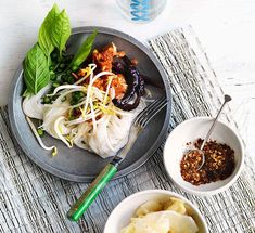 Australian Gourmet Traveller recipe for Kanom jeen nahm yaa gai (noodles with fish curry and shredded chicken) Small Food Processor, Food Processor Recipes, Asian Recipes, Ethnic Recipes, English Food, Curry Paste, Fish Sauce, Shredded Chicken, Lemon Grass