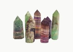 Fluorite cleanses and stabilises the aura. It absorbs and neutralises negative energy and stress. An excellent learning aid, Fluorite increa...