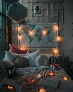 bohemian bedroom 311170655506687811 - Bohemian Style Ideas For Bedroom Decor Design Source by Dream Rooms, Dream Bedroom, Light Bedroom, Bohemian Bedroom Decor, Hippie Bedrooms, Cute Room Decor, Room Ideas Bedroom, Bedroom Designs, Bed Room