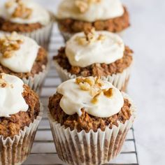 Healthy cake? Yup! Packed with whole grains, low on the sugar, and totally tasty, these healthy carrot cake muffins are a great breakfast option.