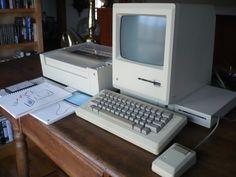 Macintosh 128K Desktop (1984).
