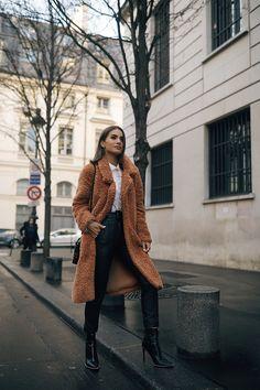 LOOk- Teddy bear coat in Paris (Casaco pelúcia em Paris) camila coelho