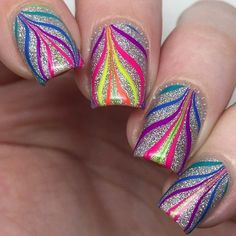 Amazing watermarble nails using Pure Color 7 watermarble tool Hot Nails, Hair And Nails, Fancy Nails, Pretty Nails, Nail Lacquer, Nail Polish, Gel Nail, Nail Glue, Uv Gel