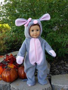 It's a Zoo Mouse is a handmade outfit for to fit an 18 inch doll such as American Girl and others