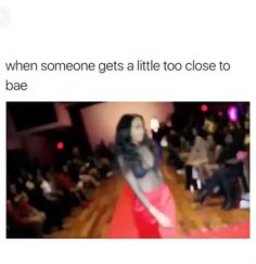 Those red boots are bomb - So Funny Epic Fails Pictures Video Humour, Funny Video Memes, Stupid Funny Memes, Funny Relatable Memes, Funny Posts, Funny Videos, Really Funny, Funny Cute, Hilarious