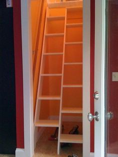 alternating tread stairs... great space saver