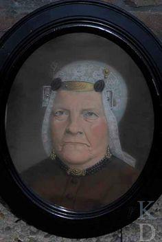 Portret van Neeltje Nibbering (De Rijp 1823 - De Rijp 1890). Dienstbode; weesmoeder van het Gemeene Wees- en Armenhuis, De Rijp (Nu: Museum In 't Houten Huys). 1875-1899 #NoordHolland