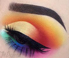 Rainbow Eye Makeup #makeup #makeupart #eyemakeup