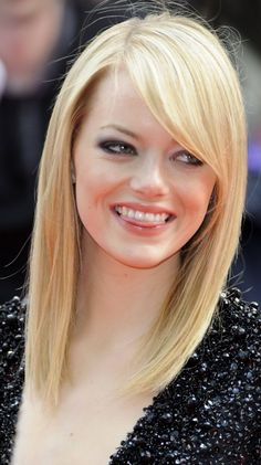Hairstyles With Bangs For Round Faces Long Layered Emma Stone 25 Ideas Bangs With Medium Hair, Medium Long Hair, Medium Hair Cuts, Medium Hair Styles, Short Hair Styles, Haircut Medium, Haircut Bob, Medium Blonde, Bangs For Round Face