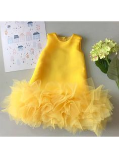 Occasion Dress to dress dresses pink colors African Dresses For Kids, Toddler Girl Dresses, Little Girl Dresses, Baby Frocks Designs, Kids Frocks Design, Kids Gown Design, Baby Dress Design, Girls Frock Design, Baby Girl Frocks