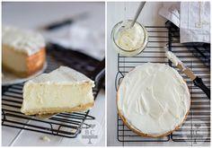 Aunque los últimos cheesecakes que os hemos enseñado no requerían de horno para su elaboración hoy... Cheesecakes, Lemon Cheesecake, Camembert Cheese, Deserts, Baking, Classic, Sweet, Food, Cheesecake