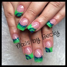 Green and blue faded nails