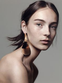 Julia Bergshoeff | The Face | NYTimes.com