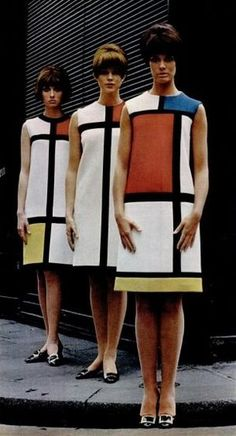 Yves Saint-Laurent - Robes Mondrian - 1965 http://aasavina.free.fr/spip.php?article146&artpage=9-13&lang=fr